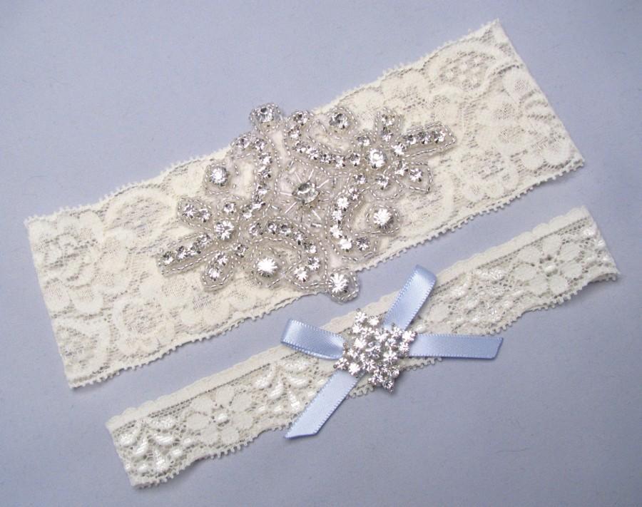 Свадьба - Wedding Garter, Bridal Garter Set, Ivory Lace Garter, White Lace Garter, Keepsake and Toss, Custom Size Garter Belt, Something Blue Garter