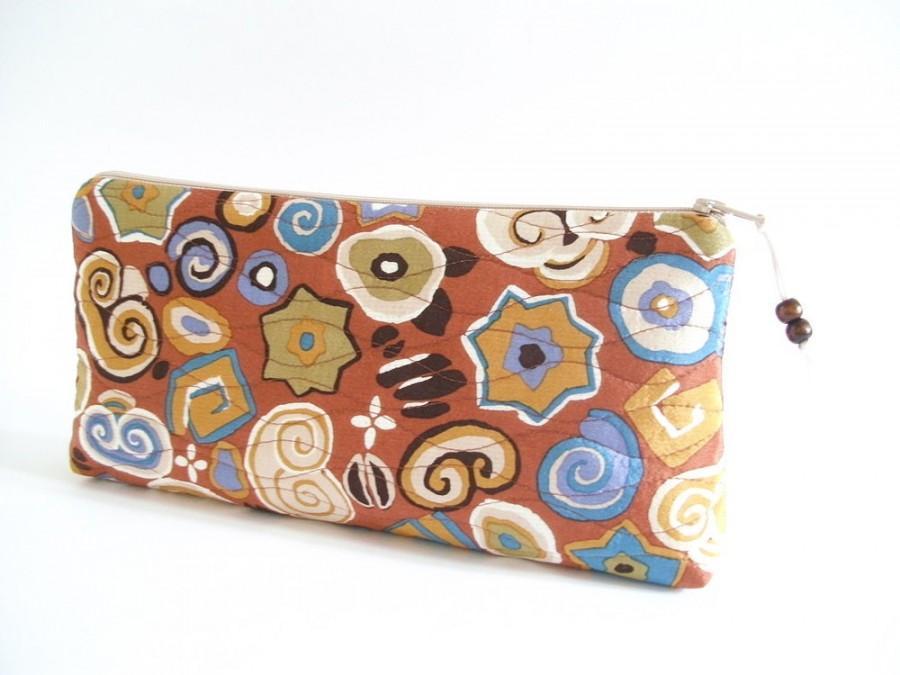 Hochzeit - Burnt Orange Wedding Clutch, Abstract Clutch Wallet, Unique Gift for Bridesmaid, Silk Bridal Handbag