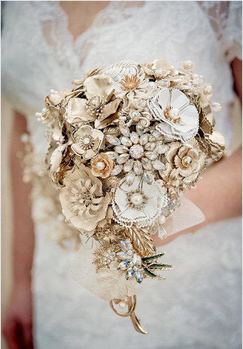 Hochzeit - Wedding bouquet  Custom made to order  - Bridal brooch  bouquet GOLDEN SHADOWS - wedding keepsake