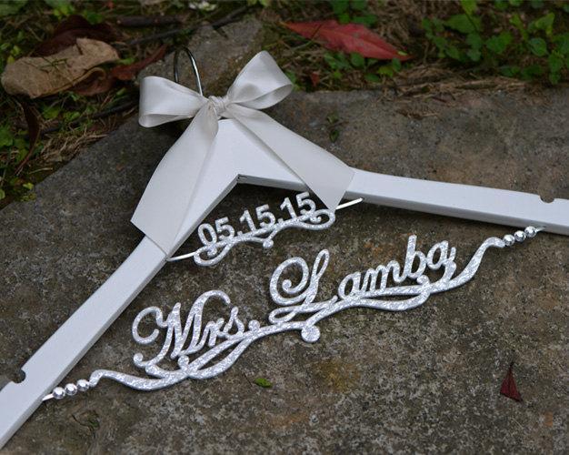 Mariage - Personalized Wedding Hanger with date, Deluxe Custom Bridal Hanger, Bride Name Hanger, Bridesmaid Hanger, wedding gift EL020