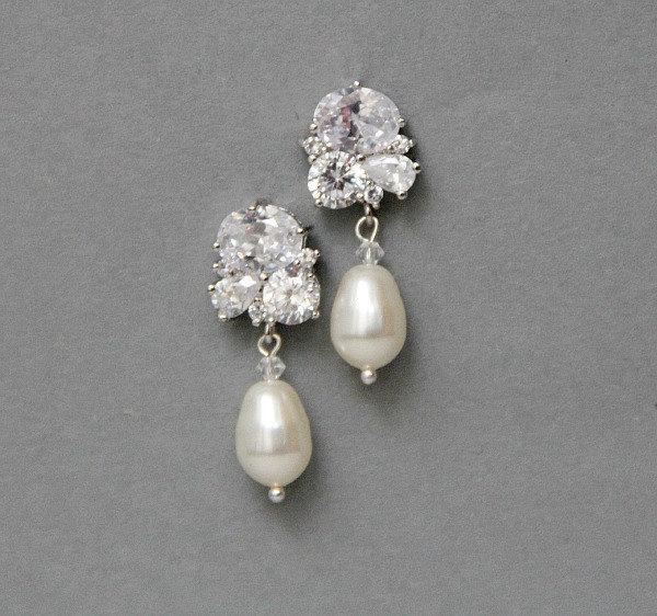 Свадьба - Crystal Earrings , Bridal Pearl  Earrings , White Ivory Cream Champagne Pearl Wedding Earrings , Wedding Jewelry