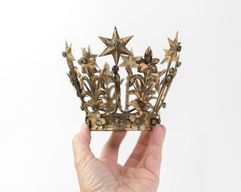 Mariage - Gold Crown Cake Topper, Medium Santos Crown, Gold Crown, Star Crown, wedding cake topper, crown photography prop