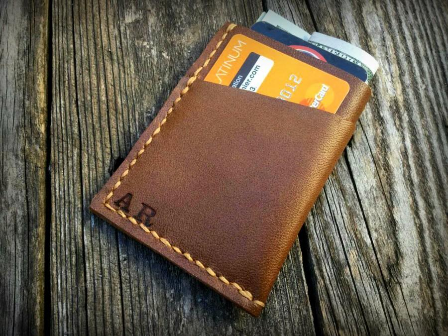 Mariage - No. 1-Groomsmen Gifts for men, personalized groomsmen leather wallet gifts, Christmas gifts,Leather Front Pocket Card Holder Wallet