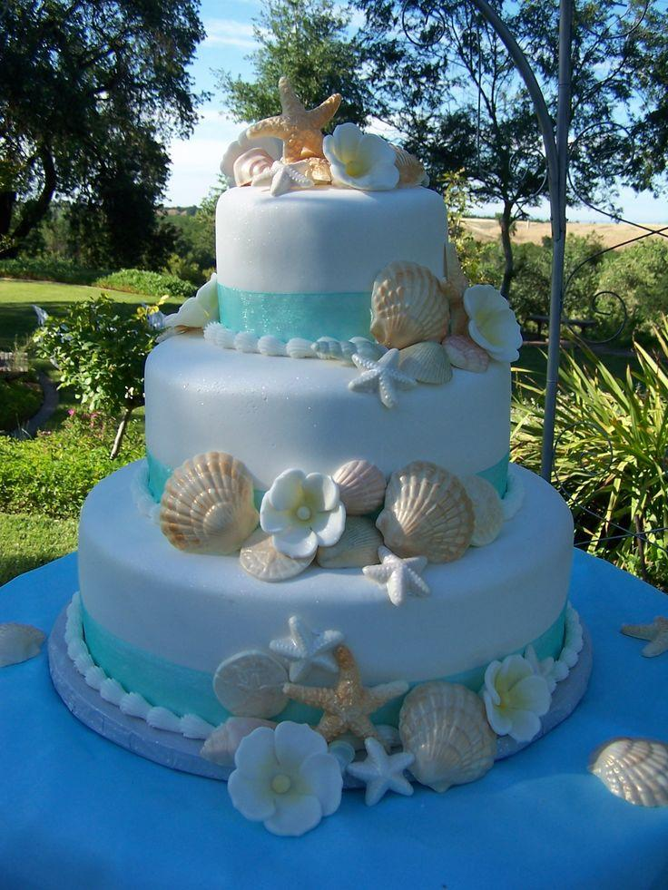 Beach theme wedding cake seashells oceanbeach 2425679 weddbook beach theme wedding cake seashells oceanbeach junglespirit Image collections