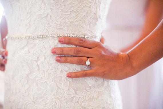 Свадьба - Delicate Wedding dress Bridal Sash,Wedding Dress Sash Belt,  Rhinestone Sash,  Rhinestone Bridal Bridesmaid Sash Belt, Wedding dress sash