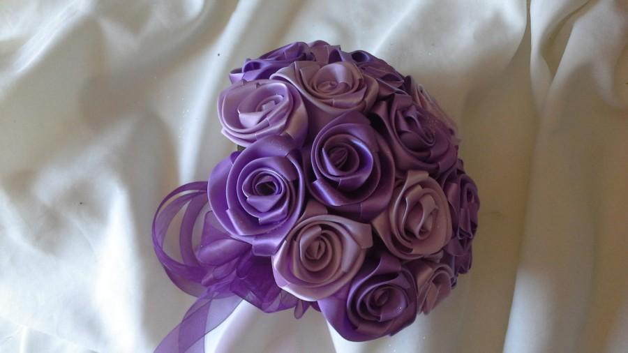 Свадьба - Satin rose wedding bouquet in Orchid and Grape wine