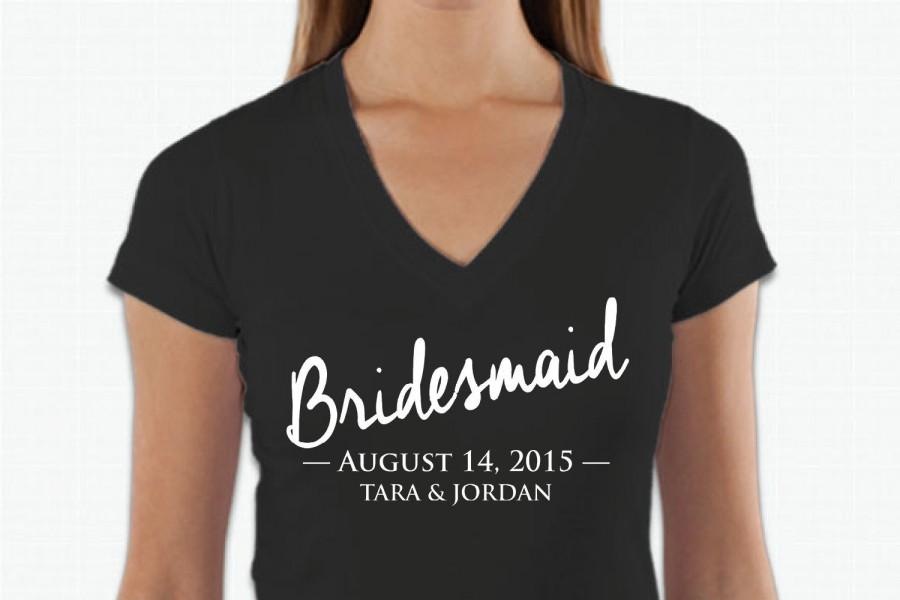 Hochzeit - Bride tshirt, bridal party t shirt, bridesmaid tee