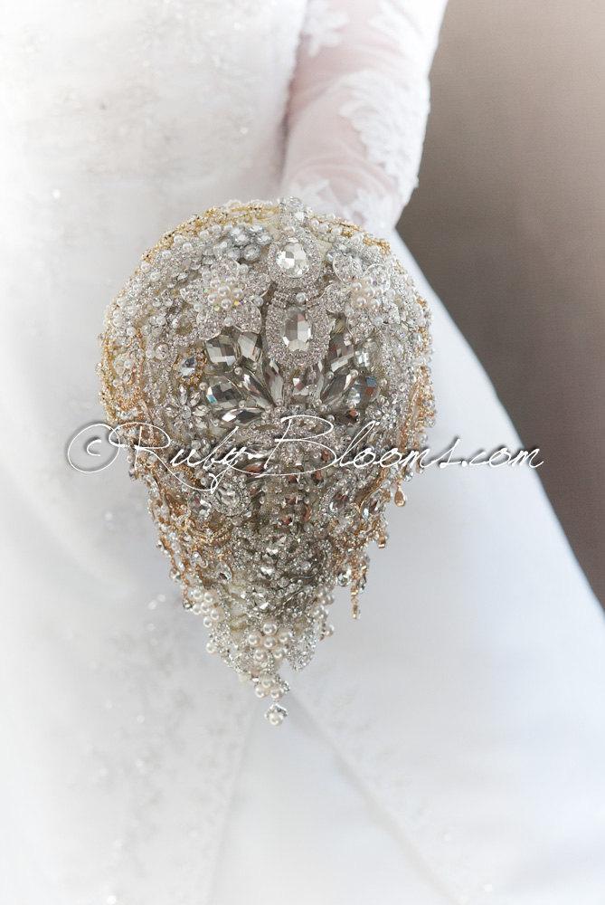 "Mariage - Cascading Silver White Wedding Brooch Bouquet. Deposit ""Wedding Mirror"" Luxury Crystal White Wedding Bouquet. Dangle Bridal Broach Bouquet"