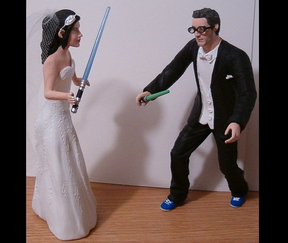 Mariage - Custom Geeky Bride and Groom Wedding Cake Toppers Figure set - Personalized to Look Like Bride Groom from your Photos