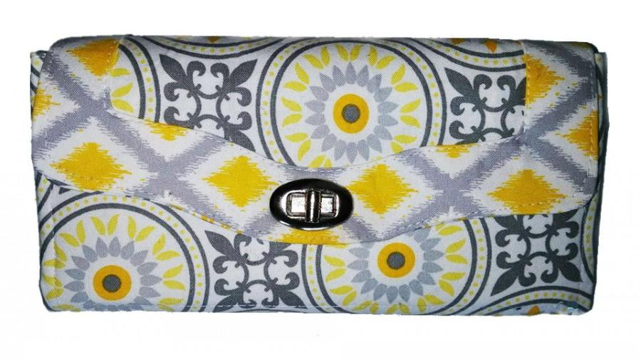 Mariage - Bridal accessories, bridal clutch, wedding clutch purse, bridesmaid clutch, bridesmaid gift ideas, yellow and grey, wedding