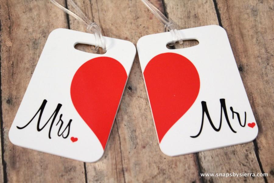 Mariage - Personalized Set of Mr. and Mrs. Luggage Tags - Double Sided- Wedding-Bridal Shower-Bride-Newlywed-Honeymoon-Bride luggage tag