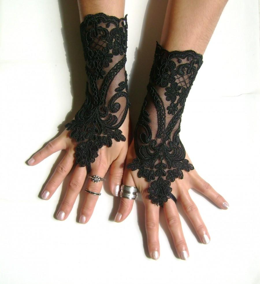 Mariage - Black lace gloves french lace  bridal gloves lace wedding fingerless gloves black gloves burlesque  vampire glove