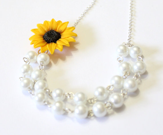 Wedding - Sunflower Necklace - Sunflower Jewelry - Gifts - Yellow Sunflower Bridesmaid, Flower and Pearls Necklace, Bridal Flowers,Bridesmaid Necklace