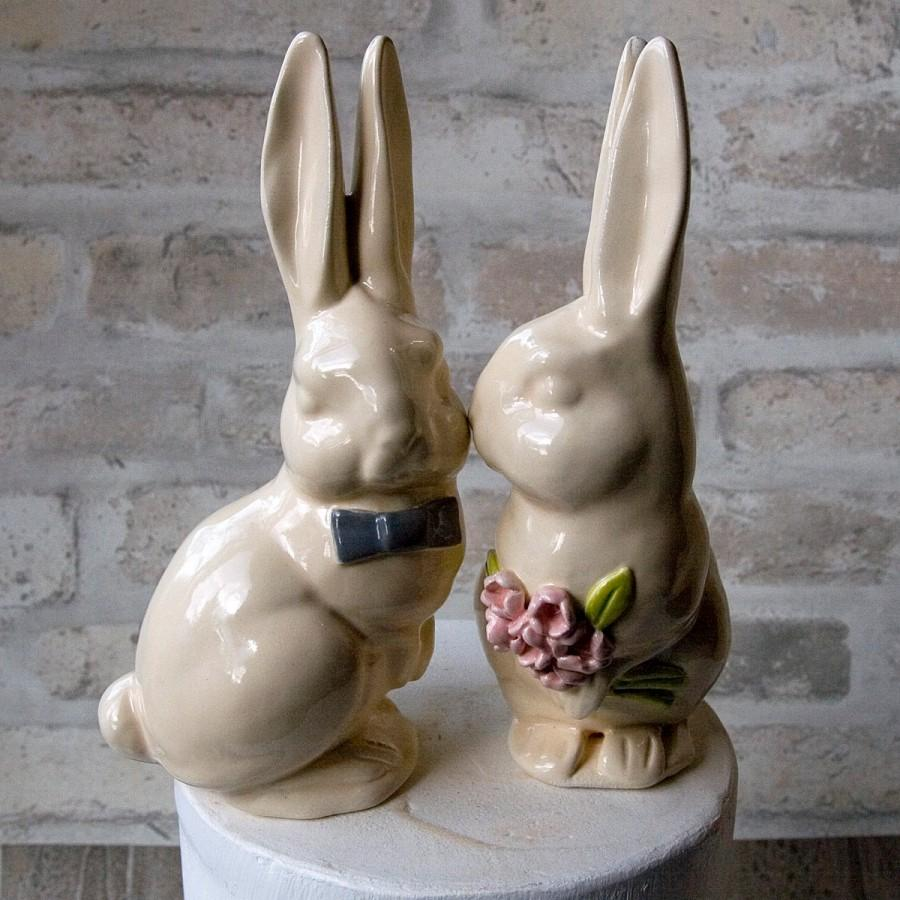 Kissing Bunnies Cake Topper