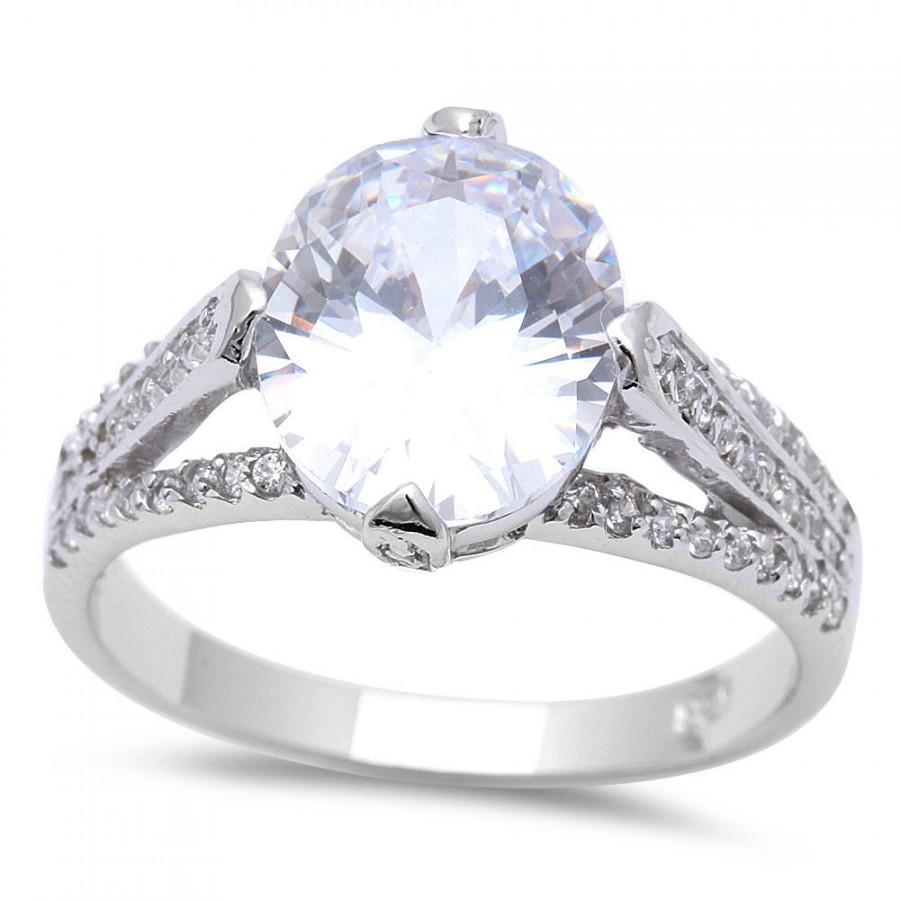 Mariage - 2.54 Carat Oval Cut Round Russian Diamond CZ Solid 925 Sterling Silver Solitaire Dazzling Diamond Accent Wedding Engagement Promise Ring