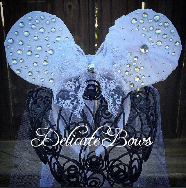Свадьба - Disney Inspired Bride Ears; bridal ears; disney inspired ears; minnie mouse ears; princess ears; disney inspired wedding ears;