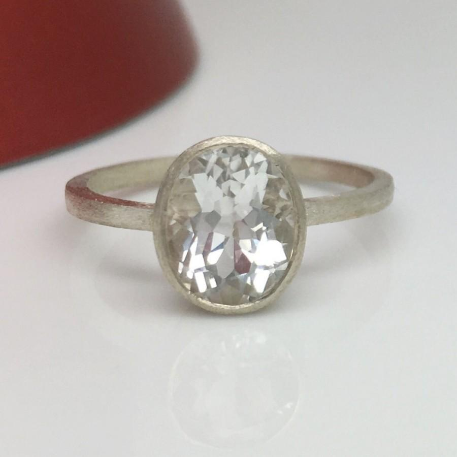 Mariage - Eternally yours radiant topaz ring, white topaz ring, gemstone ring, sterling silver ring, oval ring, engagement ring, wedding ring, D397N