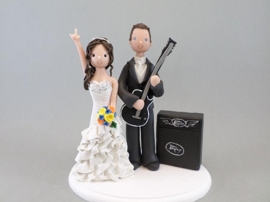 Mariage - Wedding Cake Topper - Personalized Bride & Groom with a Guitar