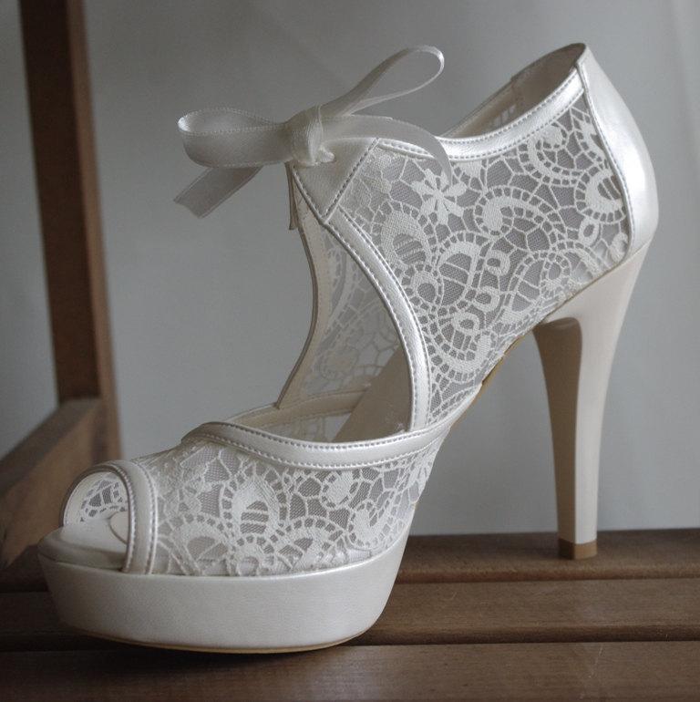 Mariage - Wedding shoes, Handmade lace ivory wedding shoe designed specially  #8473