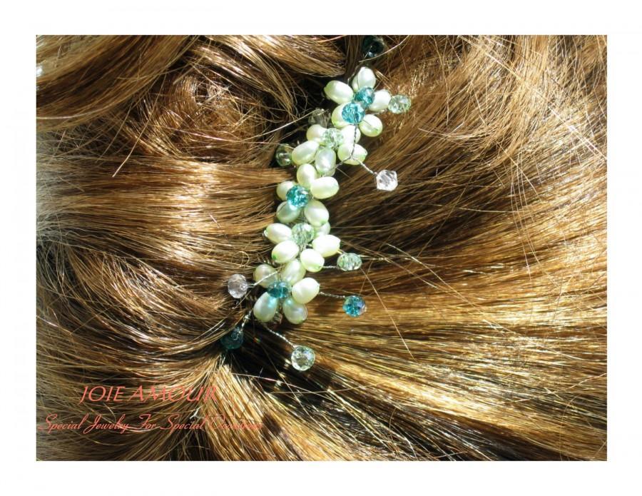 Свадьба - Green Natural Pearl and Crystal Hair Comb