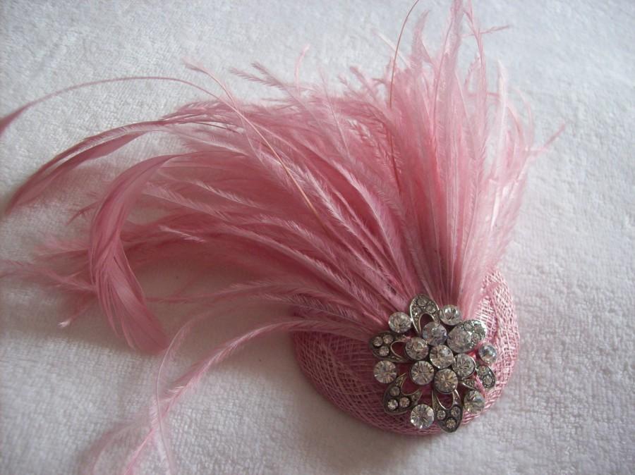 Свадьба - New handmade 1920s inspired pink feather fascinator