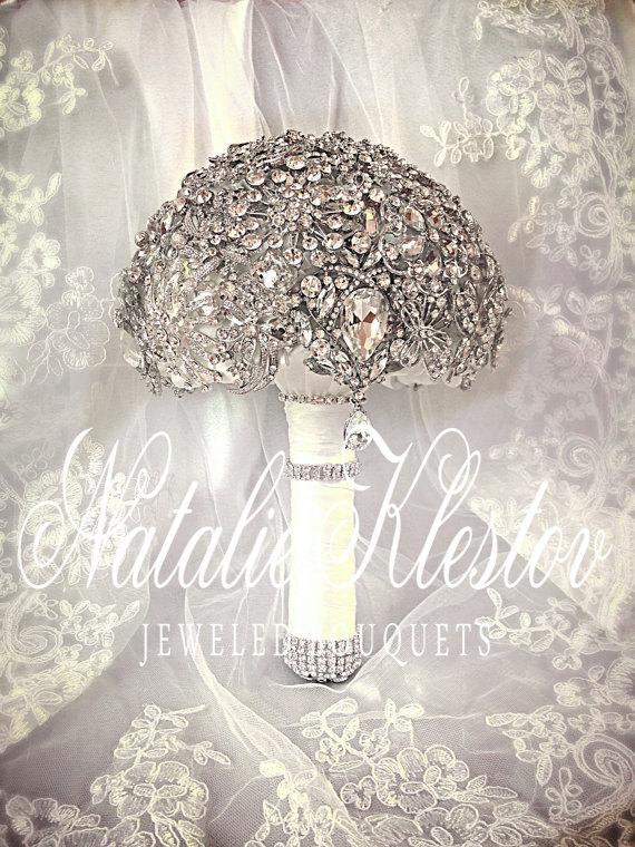 Hochzeit - Wedding Alternative Brooch Bouquet. Deposit on Alternative  Crystal Bling Brooch Bouquet. Diamond Jeweled Bridal Broach Bouquet