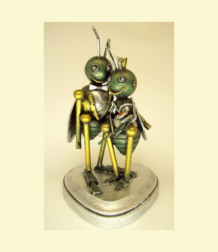 Wedding - Love Bugs Wedding Cake Topper Insect Bride with Crown and Groom with Tuxedo Wood Statues