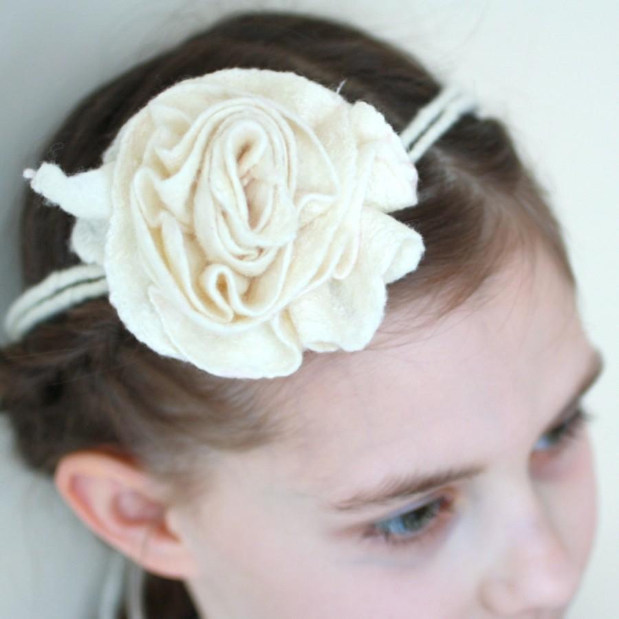 Hochzeit - Bridal hair accessories, bridesmade, flower girl accessories - felted natural white rose flower - flower necklace, bracelet