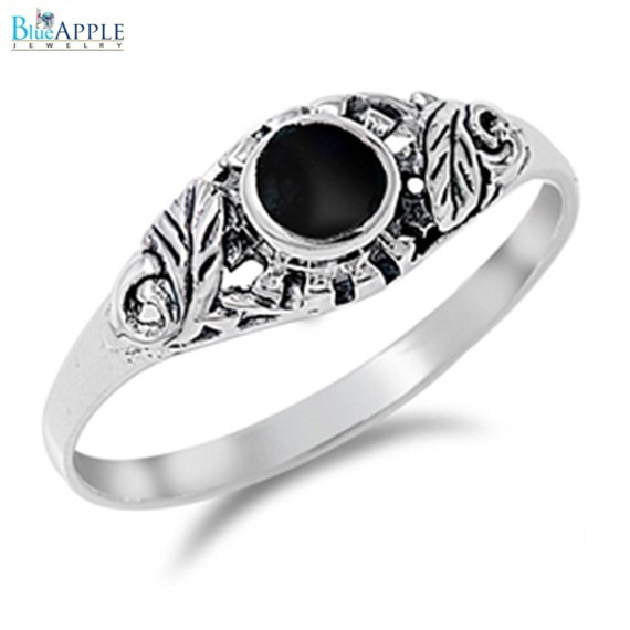 Mariage - Round Elegant Romantic Forever Love Round Synthetic Black Onyx Ring Leaf Solid 925 Sterling Silver Round Leaf Black Onyx Ladies Promise Ring
