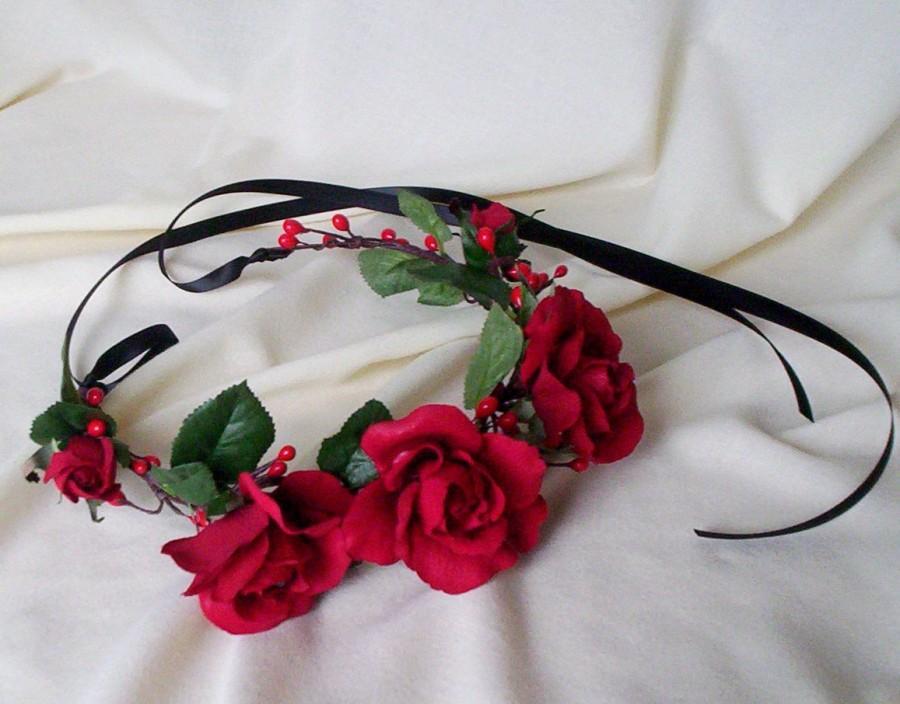 Свадьба - Red rose headband Bridal Flower Holiday fashion hair wreath Winter Wedding Bridal halo Accessories Ready to Ship hairpiece Frida Kahlo