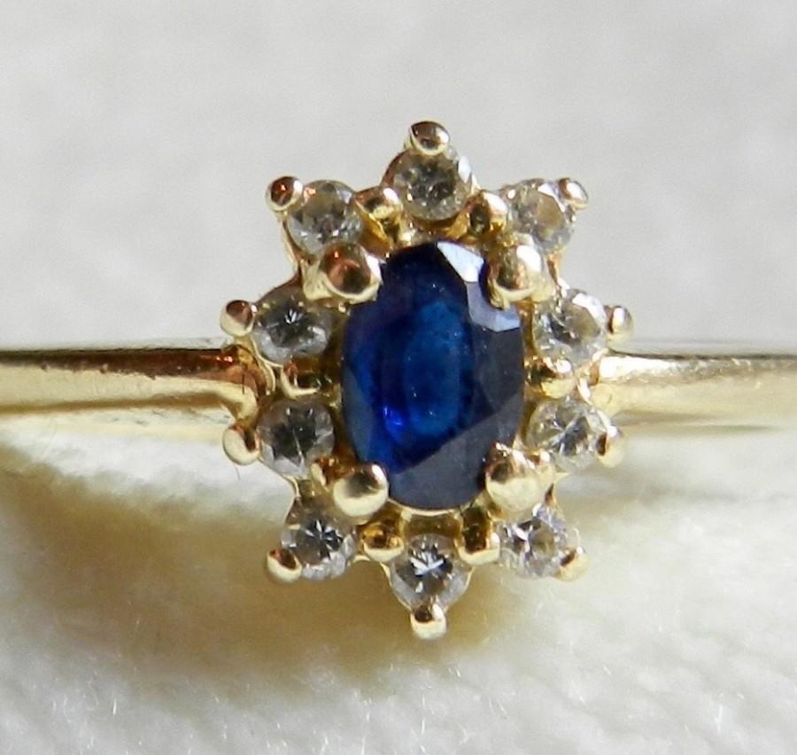Mariage - Sapphire Ring Geniune 0.30ct Sapphire and Diamond Ring set in 14k Yellow Gold Beautiful!