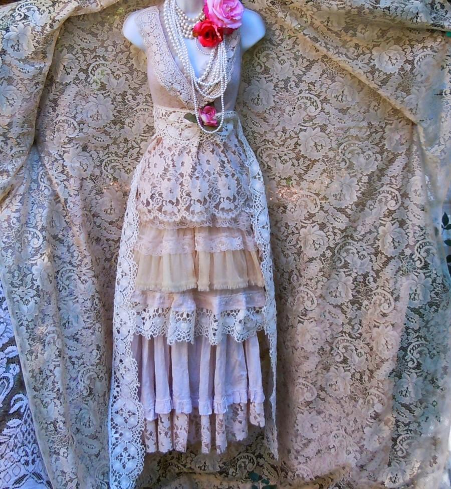 Свадьба - Crochet lace dress wedding beige nude crochet  lace tulle tiered boho  vintage  bride outdoor  romantic medium by vintage opulence on Etsy