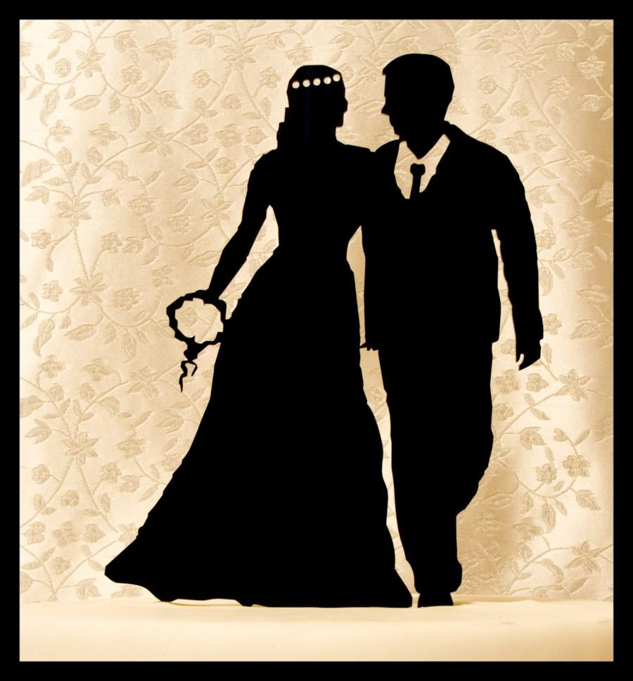 Mariage - Wedding Cake Topper Bride and Groom standing silhouettes - silhouette cake topper - FREE set of Mr. an Mrs. champagne tags!