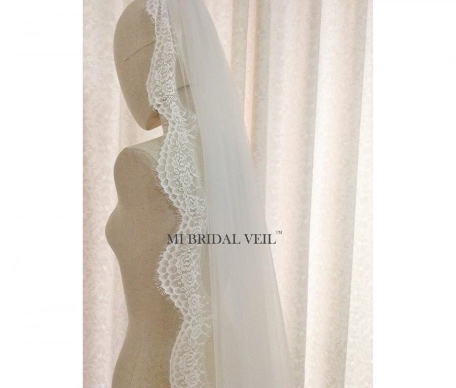 Свадьба - Custom Bridal Veil, Boho Lace Bridal Veil, Vintage Inspired Bridal Veil, Elegant Soft Lace Veil in Floor,  Chapel or Cathedral