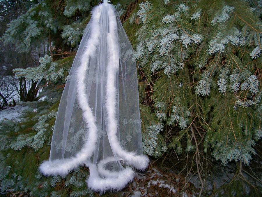 Свадьба - Winter Wedding Veil Marabou Feather Edge Short Veil