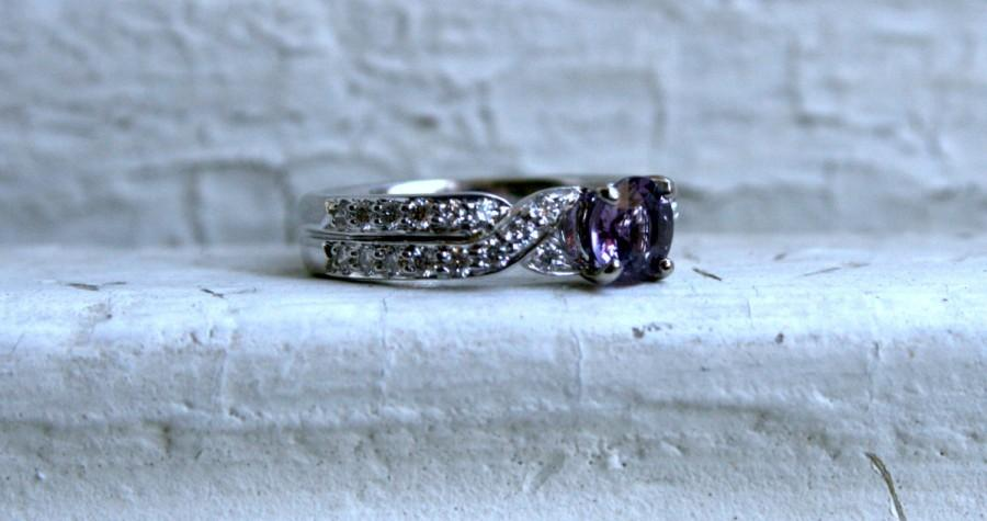 Mariage - Vintage 18K White Gold Diamond and Purple Sapphire Engagement Ring.