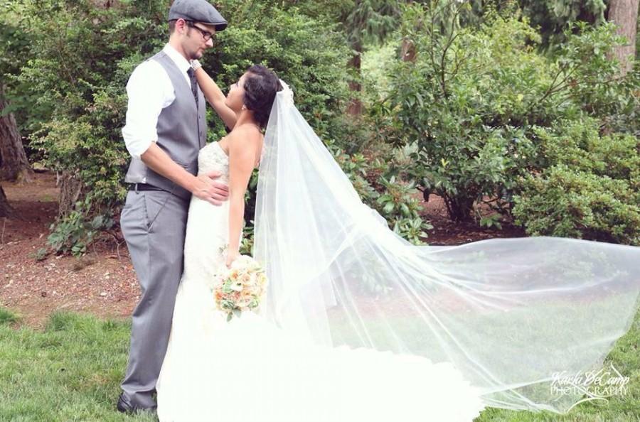 Mariage - Drop Wedding Veil Floor Length Simple and Elegant DV32/70CE