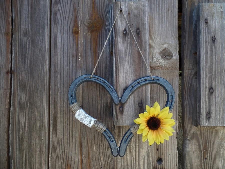 Rustic sunflower wedding horseshoe heart decor horse shoe for How to decorate horseshoes