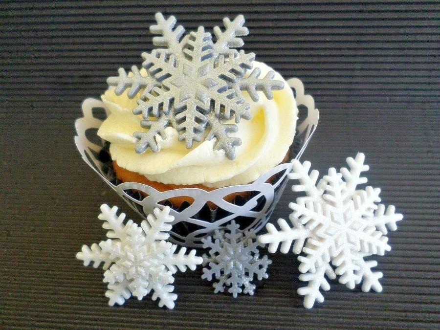 24 edible fondant snowflakes cake cupcake topper frozen party decor silver white winter wonderland birthday baby bridal shower wedding