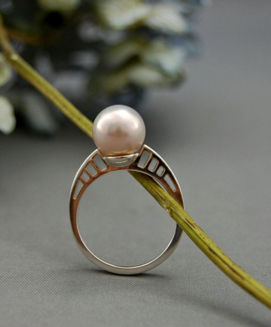 Hochzeit - Badr - Diamond Alternative - promise ring, engagement ring, wedding ring, anniversary, gift, pearl, jewelry, custom made, for her, gift idea