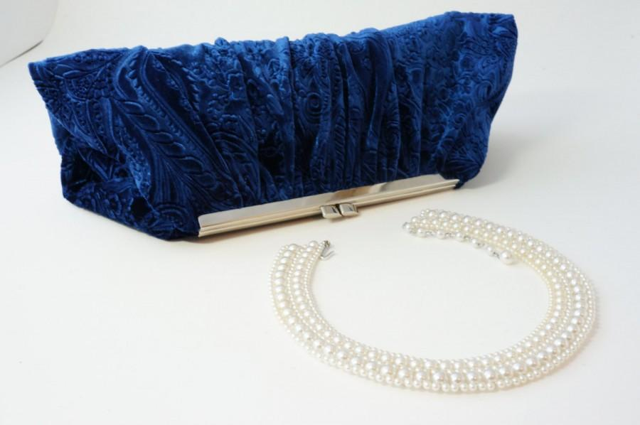 Свадьба - Blue Velvet Clutch Handbag - Downton Abbey Inspired Purse - Bridal/Wedding/Evening/Prom - Vintage Style - Includes Chain, Made to Order