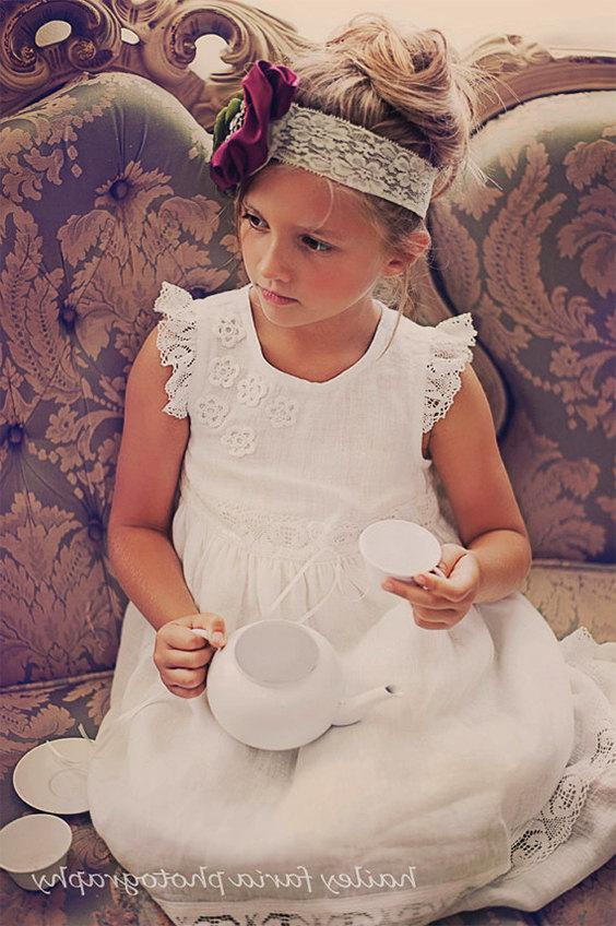 Hochzeit - White flower girl dress with lace wings and crochet flowers Natural flower girl dress  Linen girl dress