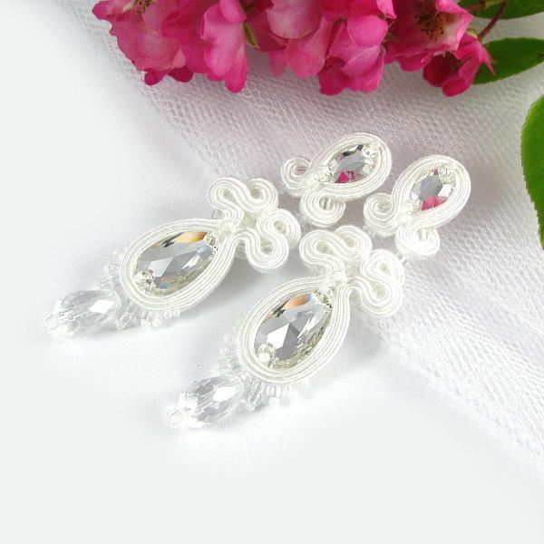 زفاف - White Soutache BRIDAL EARRINGS WEDDING Swarovski jewelry handmade unique custom order boucles d'oreilles