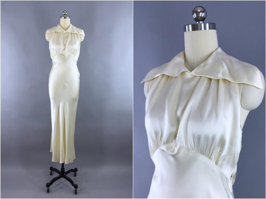 f89c767d9ac5 Vintage 1930s Wedding Dress   30s Bias Cut Dress   1930 Art Deco Ivory Silk  Satin Gown   Size XXS 0 Petite