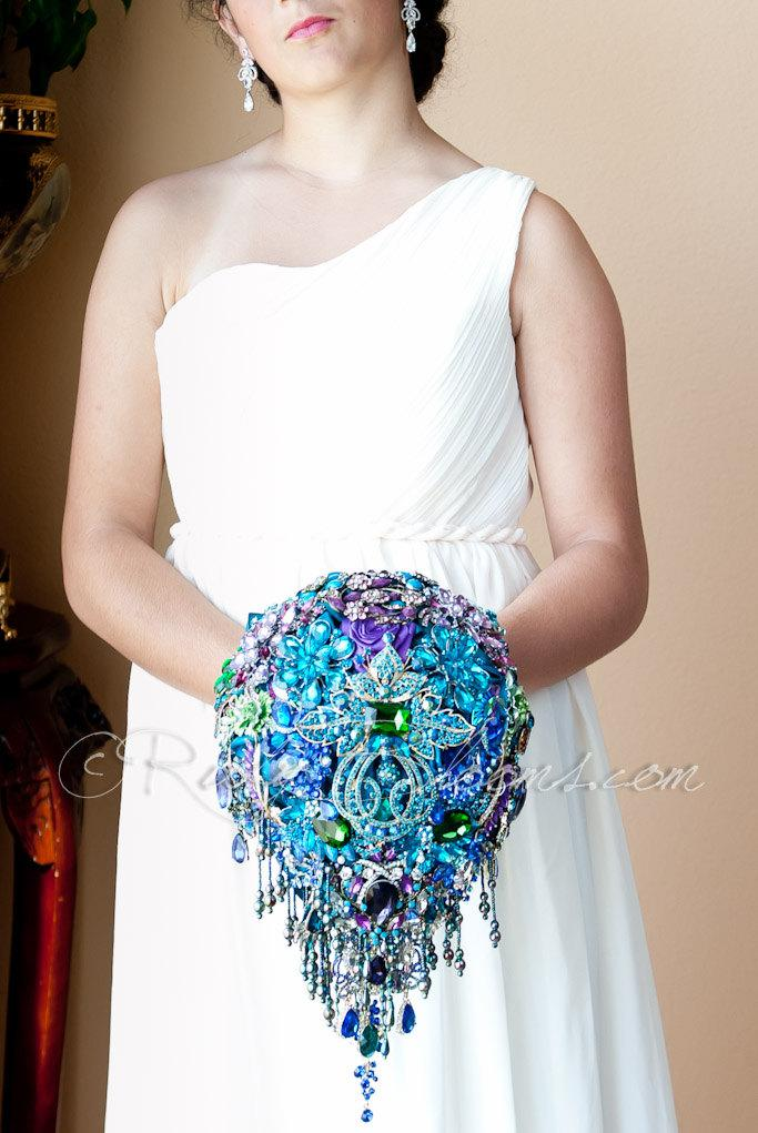 """Mariage - Cascading Blue Teal Peacock Wedding Brooch Bouquet. """"Peacock Crown"""" Blue, Purple, Teal Wedding Bouquet. Bridal Broach Bouquet. Ruby Blooms"""