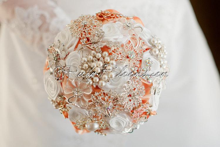 """Mariage - Coral Wedding Brooch Bouquet. """"Pearl in Peach"""" Heirloom Silver Coral and White Wedding Bouquet, Bridal Broach Bouquet, Ruby Blooms Weddings"""