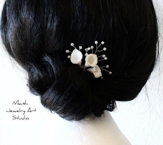 Wedding - Bridal Flower Hair Pin , White Calla Lilies Hair Pins, Bridal White Hair Flowers, Hair Pins, Wedding Hair Accessories, Bridal Headpiece