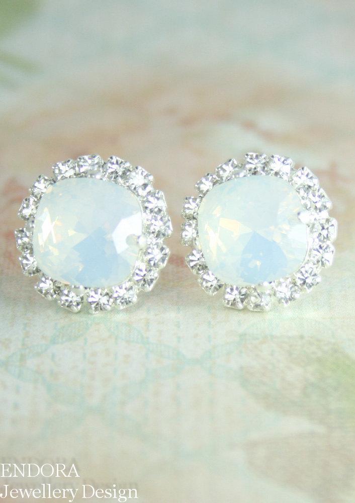 زفاف - white opal crystal earrings,swarovski crystal stud earrings,square crystal stud earring,white opal earrings,swarovski earring,bridal,10mm