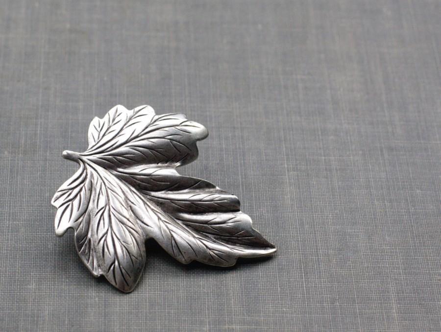Wedding - Leaf hair clip barrette bridal woodland wedding hair accessory antiqued silver goddess