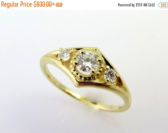 Mariage - ON SALE Unique engagement ring, 14k gold ring, Diamond engagement ring, Solitaire engagement ring, Vintage engagement ring, Delicate, Art de